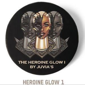 JUVIA'S HEROINE GLOW 1 HIGHLIGHTER
